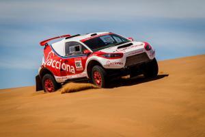 Acciona elektrische rallywagen opgeladen door Himoinsa generatoren